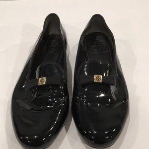 Tory Burch Bow Top Black Patent Flats. Sz. 6. EUC